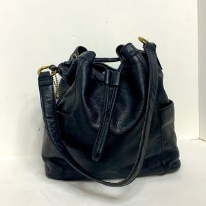 Fossil Cooper Bucket Bag in Black /Brass